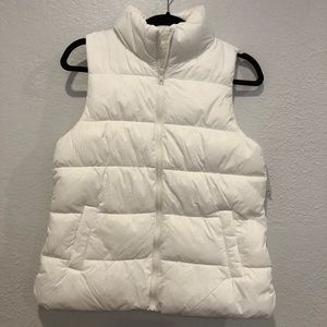 NWT White winter puffer vest